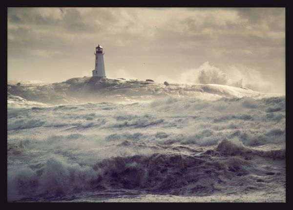 Lighthouse at Rough Seas Juliste