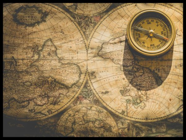 Vintage Map and Compass Juliste