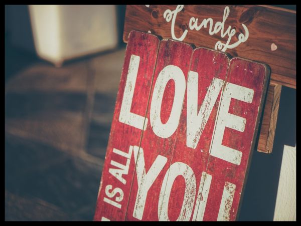 Love is All You Need Juliste